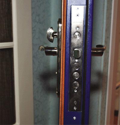 установка нестандартных металлических дверей